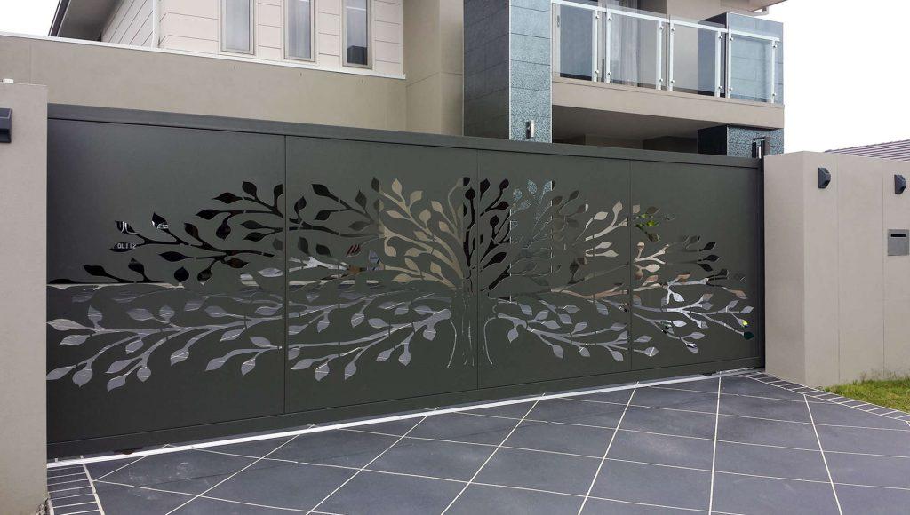 ورق فلزی طرح دار رنگی درب حیاطی